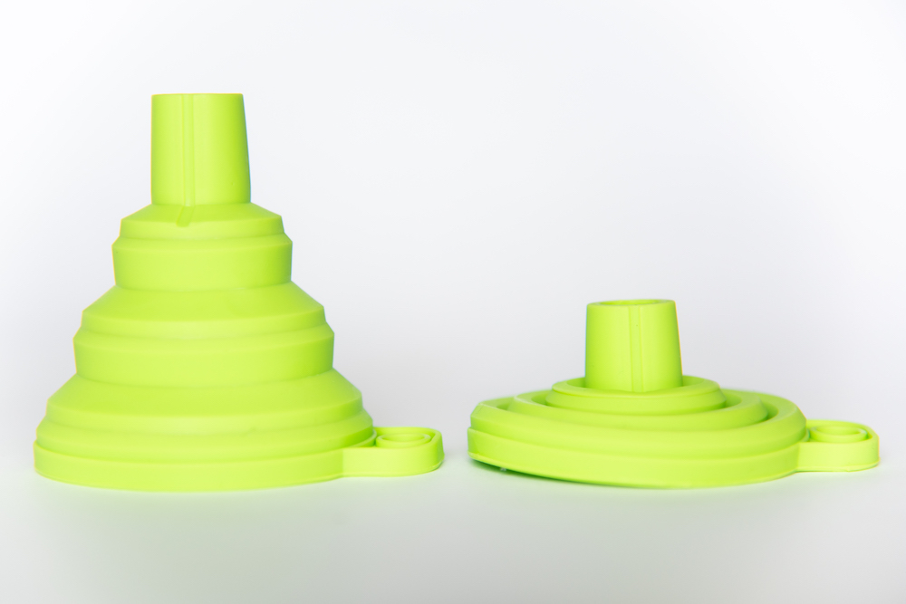 Collapsible Silicone Funnel Eliminates Spilling of Formula or Flavor Packets image